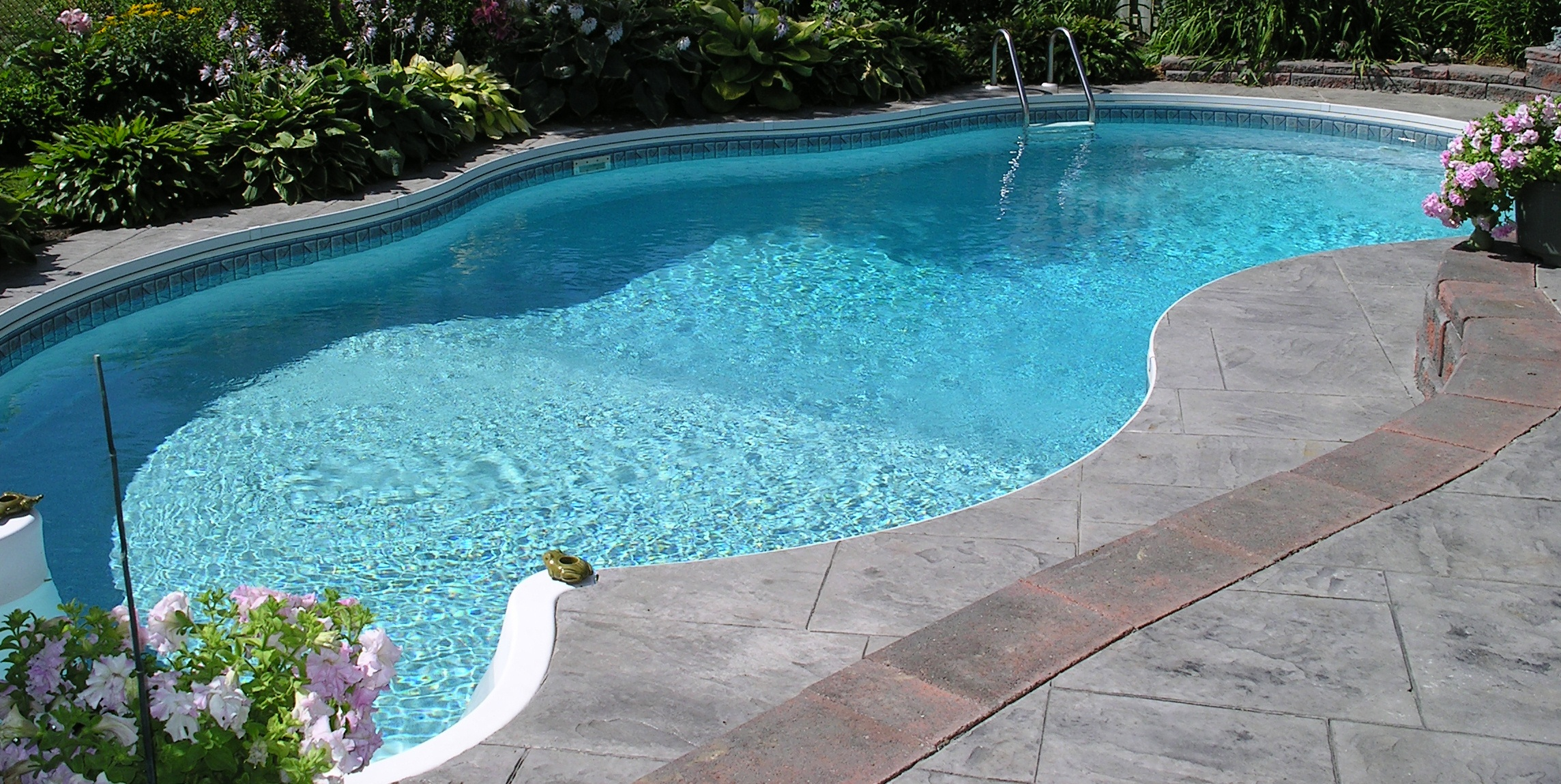 How Aquaman Detects And Fixes Pool Leaks In New Smyrna